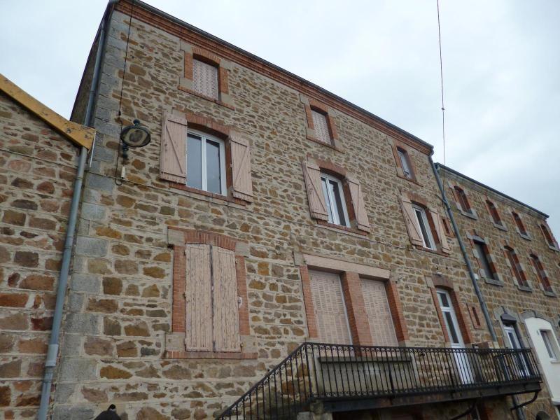 Location maison / villa Bussieres 465€ CC - Photo 1