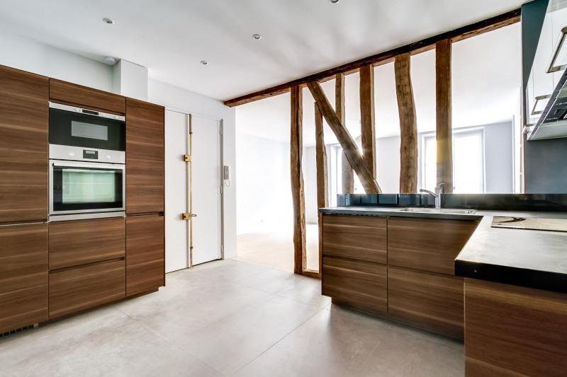 Location appartement Paris 6ème 2650€ CC - Photo 4