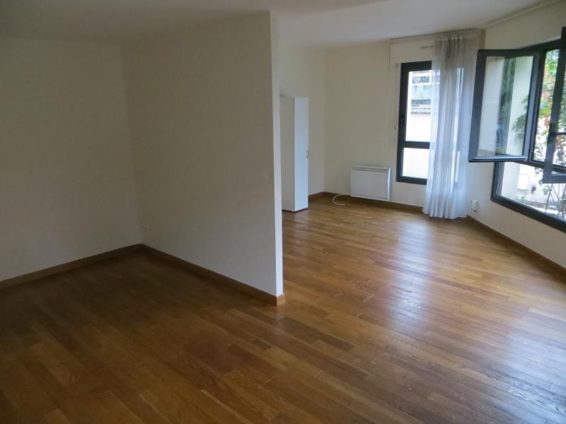 Sale apartment Issy les moulineaux 415000€ - Picture 2