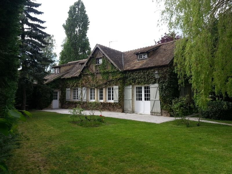 Revenda casa Longnes 268000€ - Fotografia 1