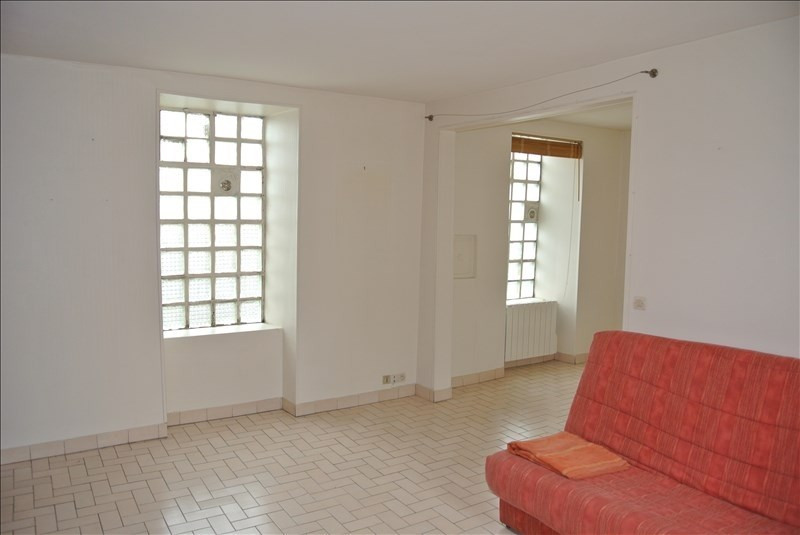 Rental apartment Chambourcy 600€ CC - Picture 1