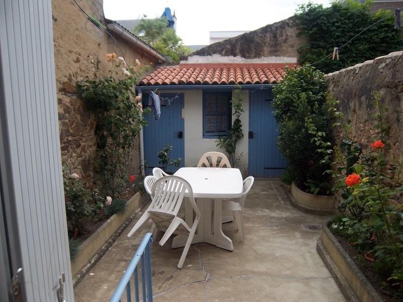 Sale house / villa Les sables-d'olonne 386600€ - Picture 8
