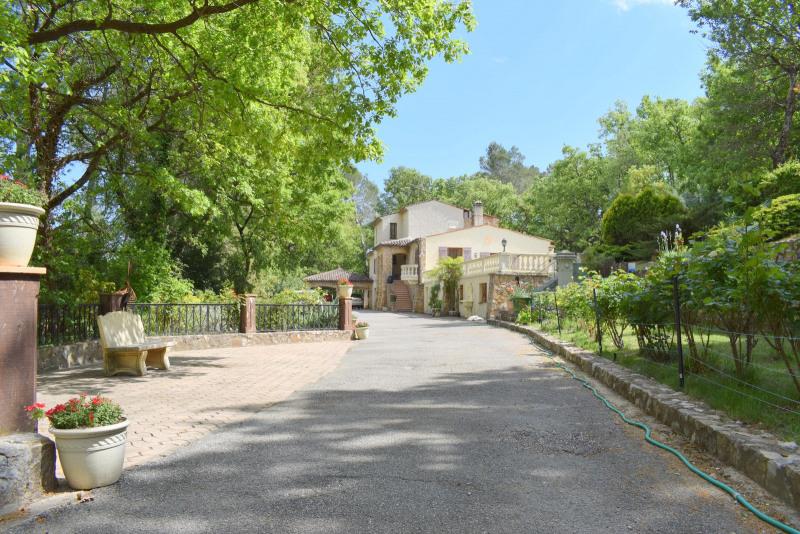 Revenda residencial de prestígio casa Fayence 695000€ - Fotografia 5