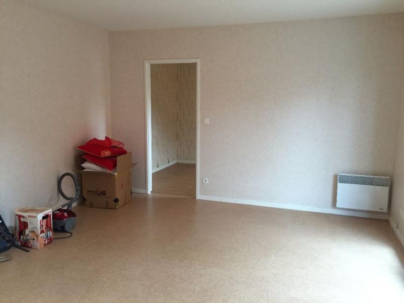 Rental apartment Saint martin au laert 500€ CC - Picture 2