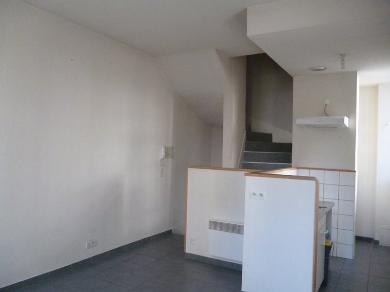 Rental apartment Tarbes 450€ CC - Picture 2