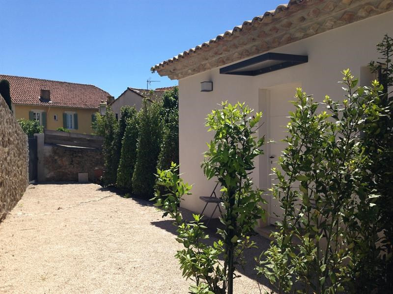 Location vacances maison / villa Saint-tropez 1 050€ - Photo 2