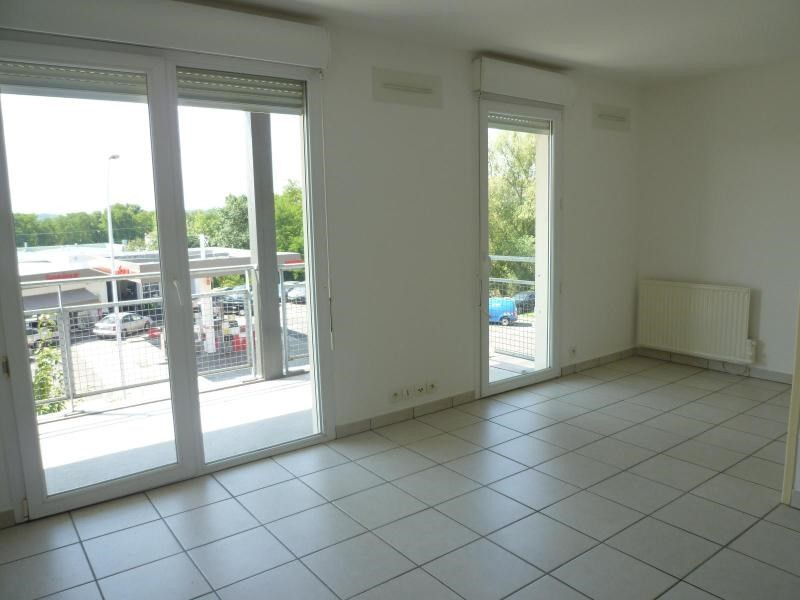 Sale apartment Vichy 55 000€ - Picture 2