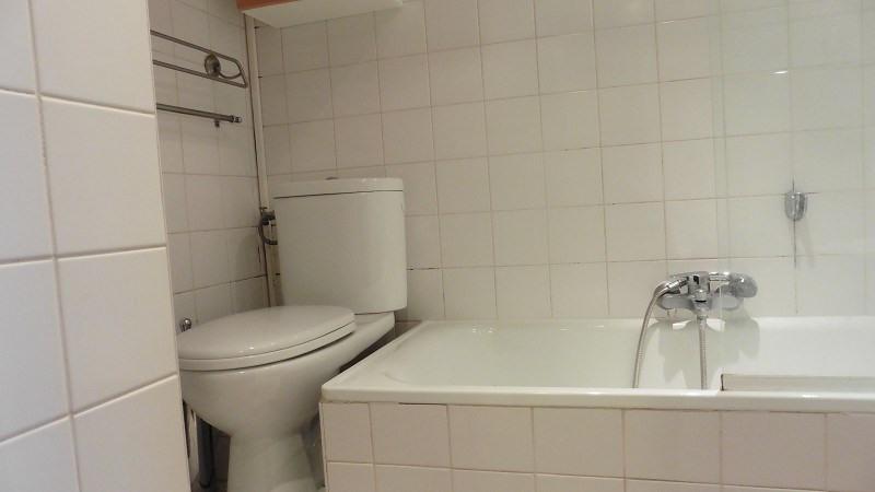 Rental apartment Paris 10ème 758€ CC - Picture 8