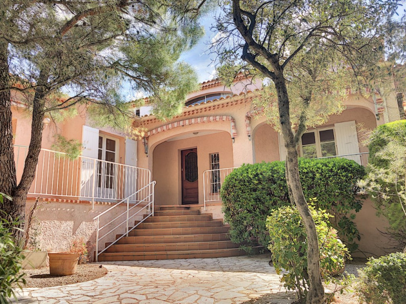 Deluxe sale house / villa Les angles 675 000€ - Picture 1