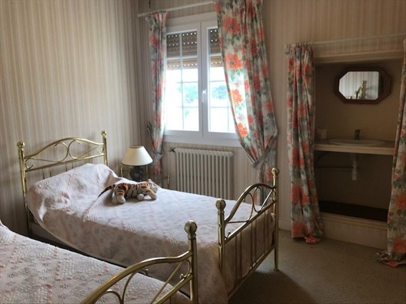 Sale house / villa Angles 294000€ - Picture 9