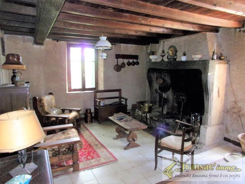Vente maison / villa Escoutoux 68670€ - Photo 3