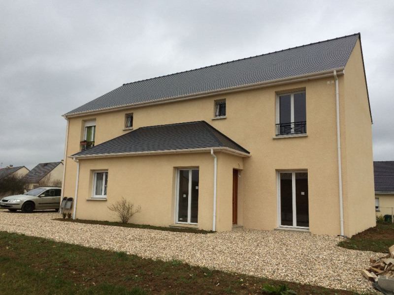 Location maison / villa Verneuil d'avre et d'iton 747€ CC - Photo 1