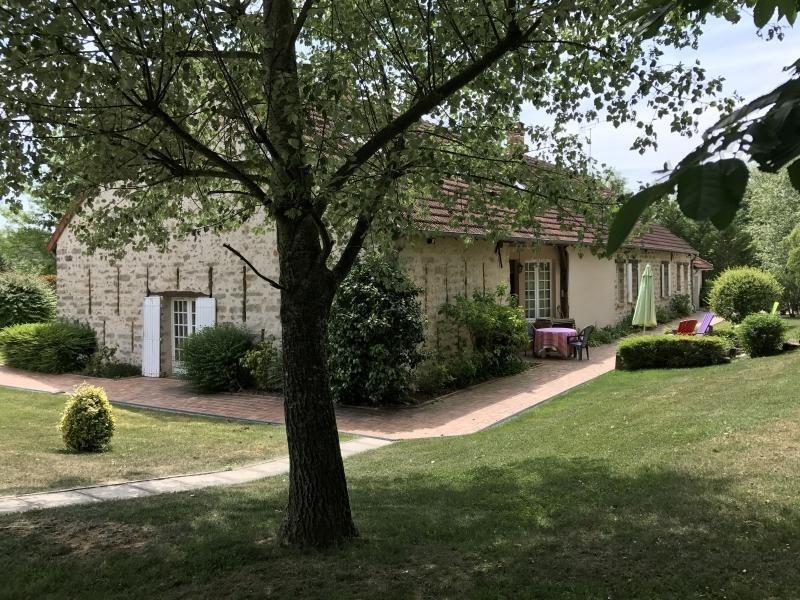 Deluxe sale house / villa Bruyeres le chatel 1439000€ - Picture 2