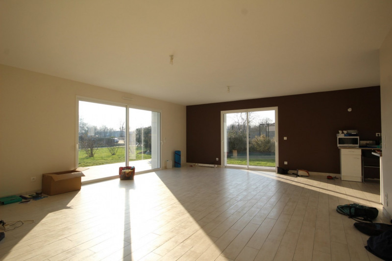 Location maison / villa Venansault 750€ CC - Photo 2