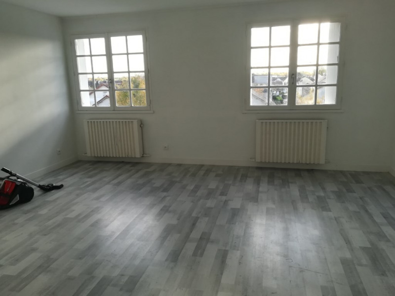 Alquiler  apartamento Marolles en hurepoix 850€ CC - Fotografía 2