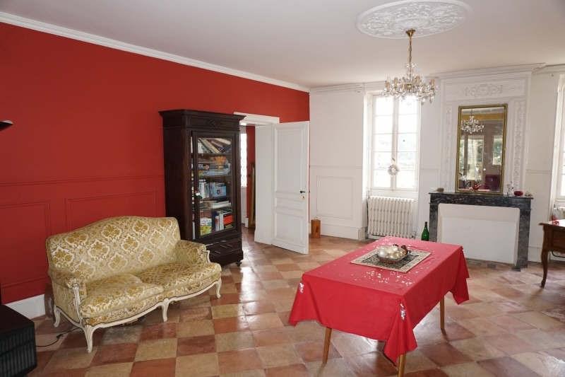 Sale house / villa Aubie et espessas 230000€ - Picture 2