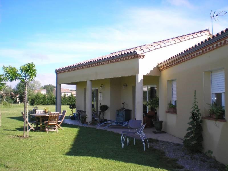 Location maison / villa Lavaur 940€ CC - Photo 2