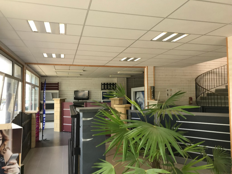 Vente local commercial Concarneau 419175€ - Photo 1
