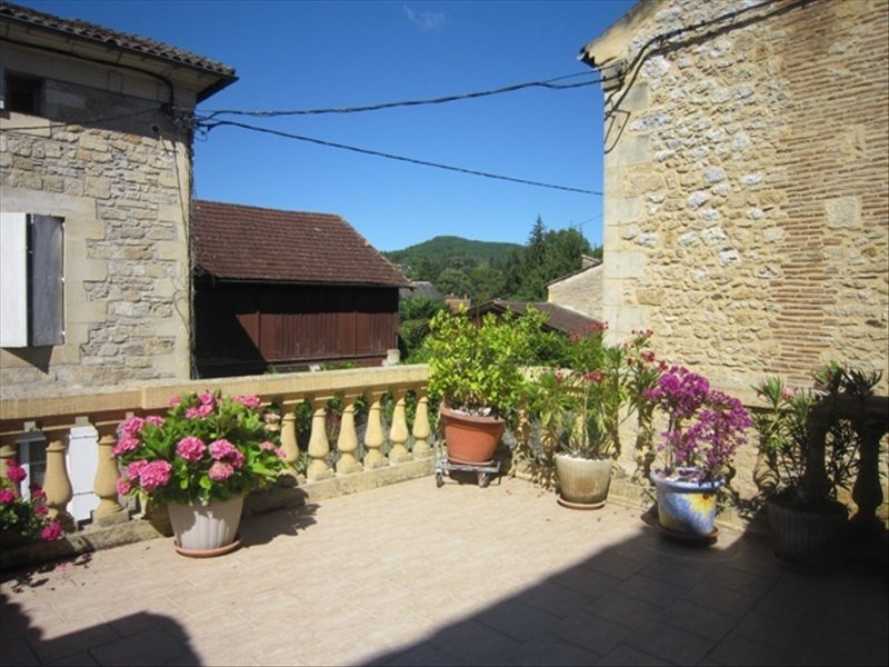 Sale house / villa St cyprien 189 000€ - Picture 4