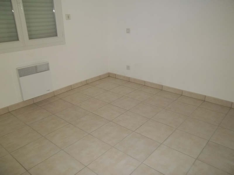 Location maison / villa Chauvigny 580€ CC - Photo 2