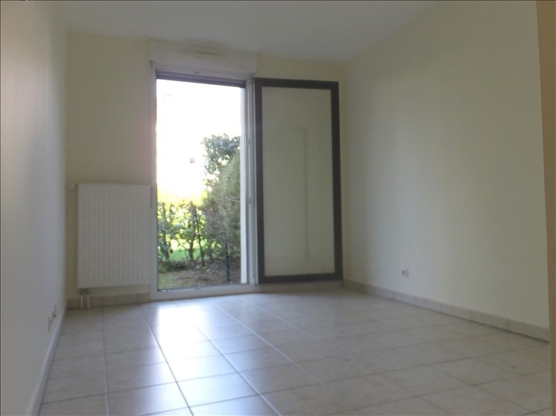 Location appartement Montigny le bretonneux 1155€ CC - Photo 5