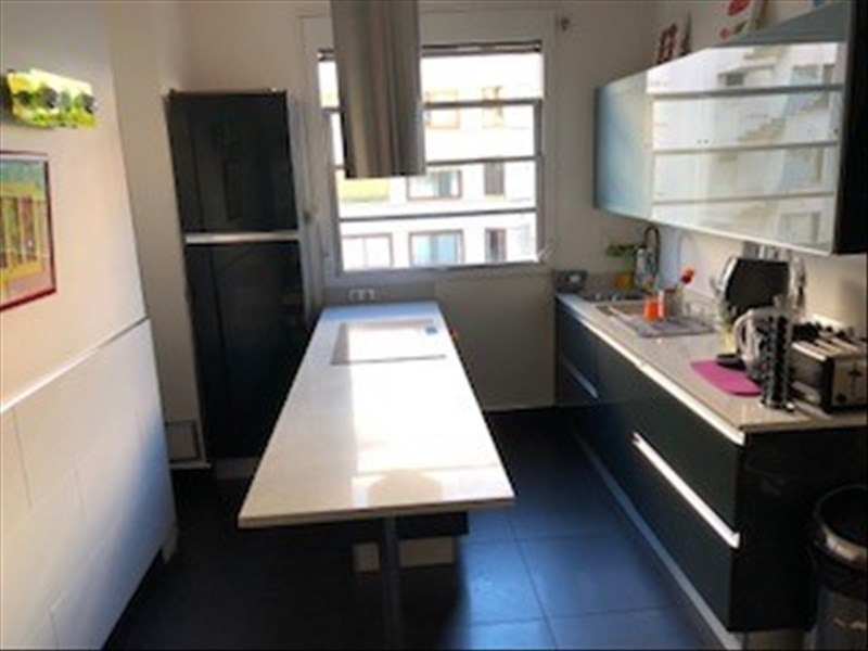 Location appartement Paris 16ème 3 700€ CC - Photo 2