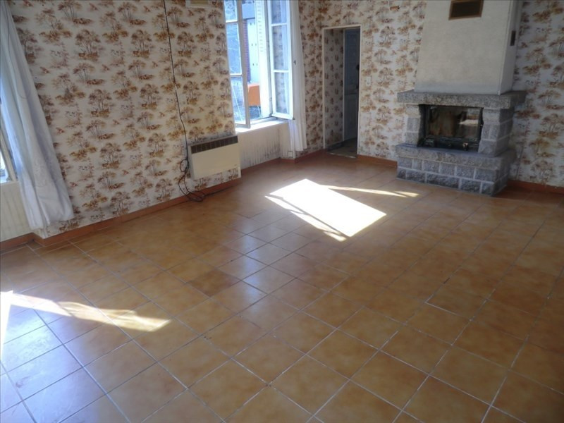 Sale house / villa Fougeres 83 400€ - Picture 2