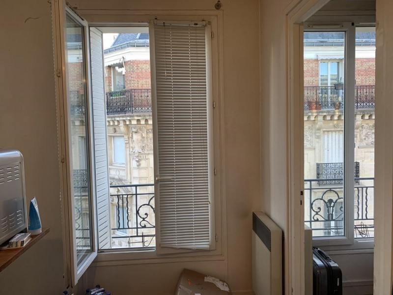 Sale apartment Paris 17ème 257000€ - Picture 1