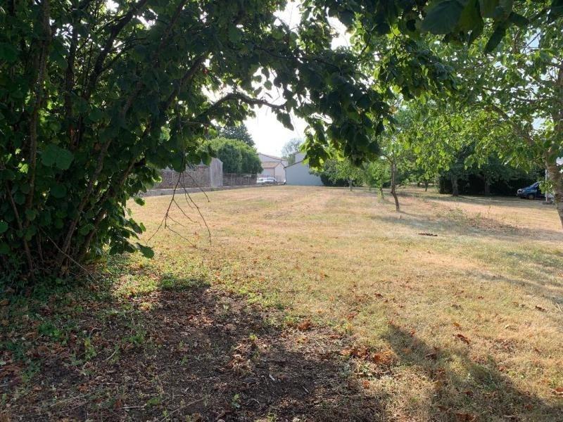 Vente terrain Iteuil 55000€ - Photo 1