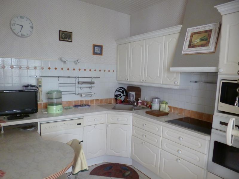 Sale house / villa Royan 428000€ - Picture 3