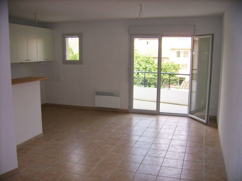 Rental apartment Toulouse 825€ CC - Picture 1