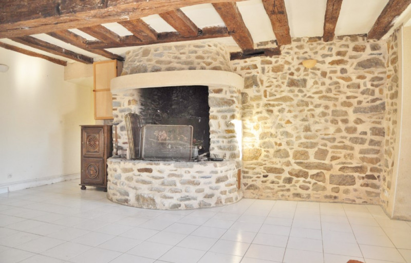 Sale house / villa Villiers charlemagne 244000€ - Picture 7