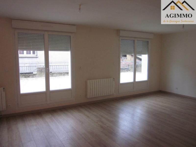 Rental apartment L isle jourdain 750€ CC - Picture 3