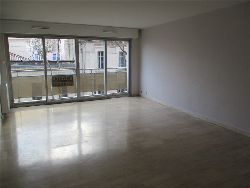 Location appartement Salon de provence 1 010€ CC - Photo 1