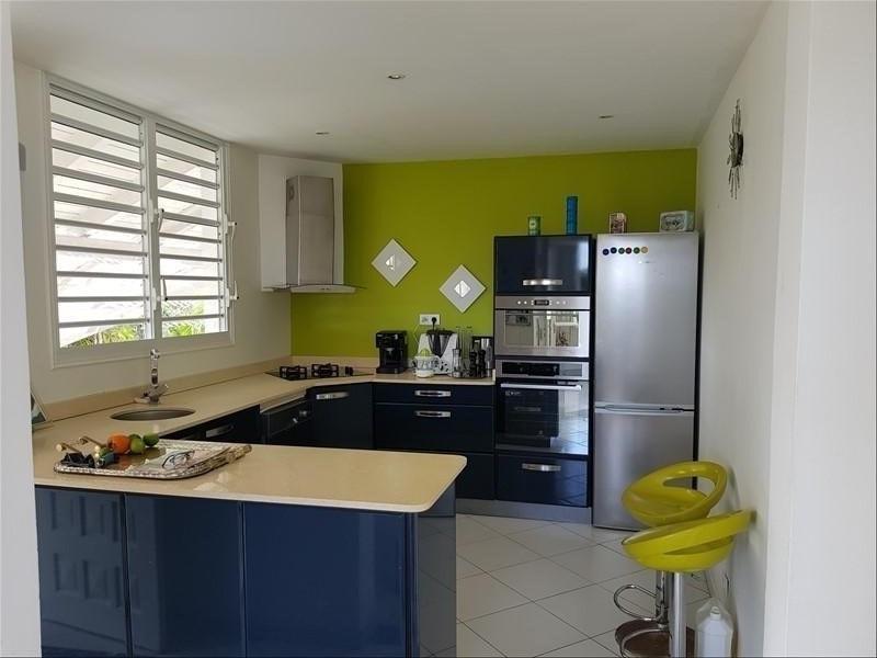 Deluxe sale house / villa Ste anne 583000€ - Picture 4