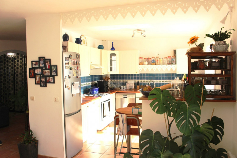 Revenda casa Lambesc 549000€ - Fotografia 10