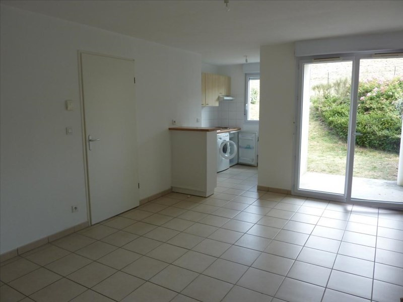 Rental apartment Vendome 453€ CC - Picture 1