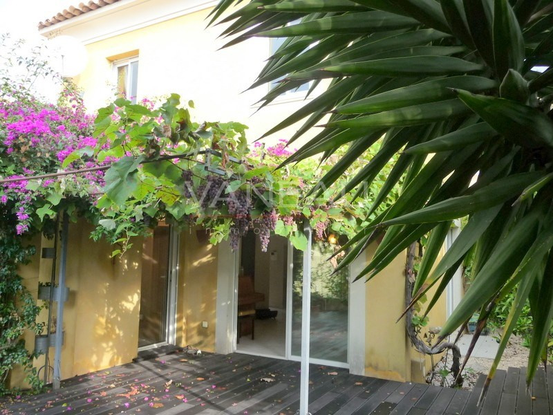 Vente de prestige maison / villa Juan-les-pins 498750€ - Photo 1