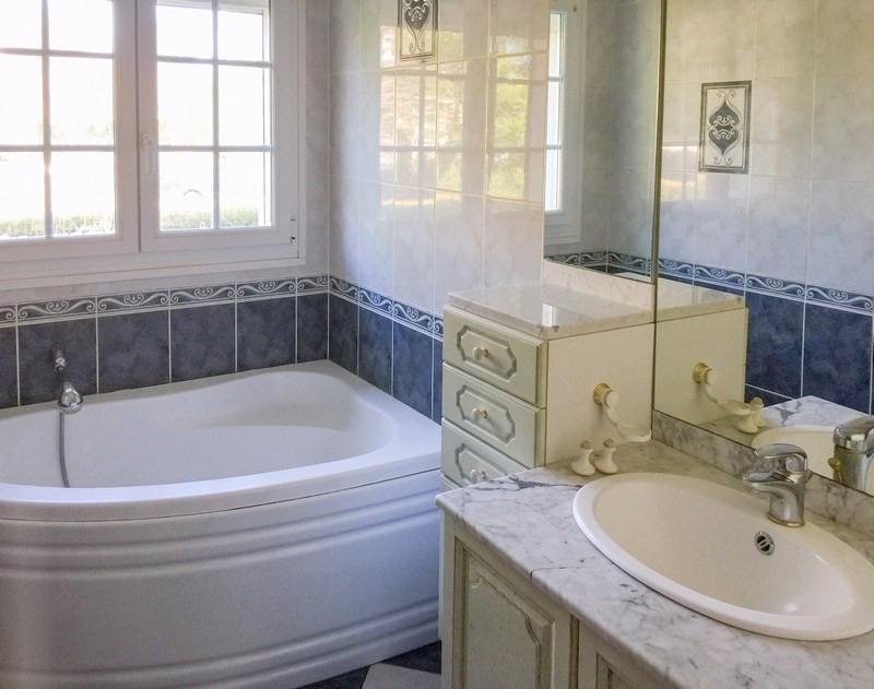 Sale house / villa Ste honorine du fay 222000€ - Picture 8