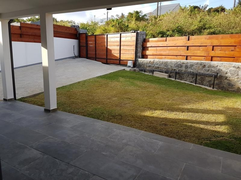 Revenda casa Le tampon 265000€ - Fotografia 4