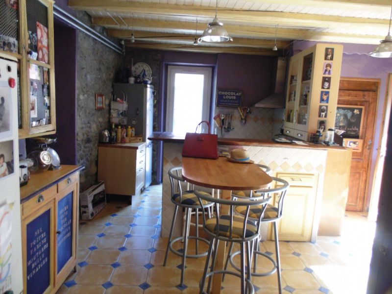 Sale house / villa Gieres 320 000€ - Picture 2