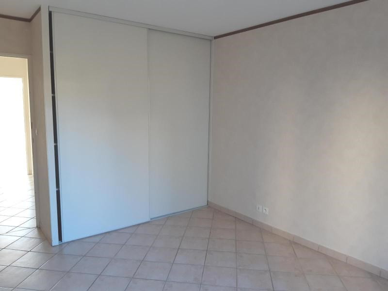 Location appartement Villefranche sur saone 860€ CC - Photo 7