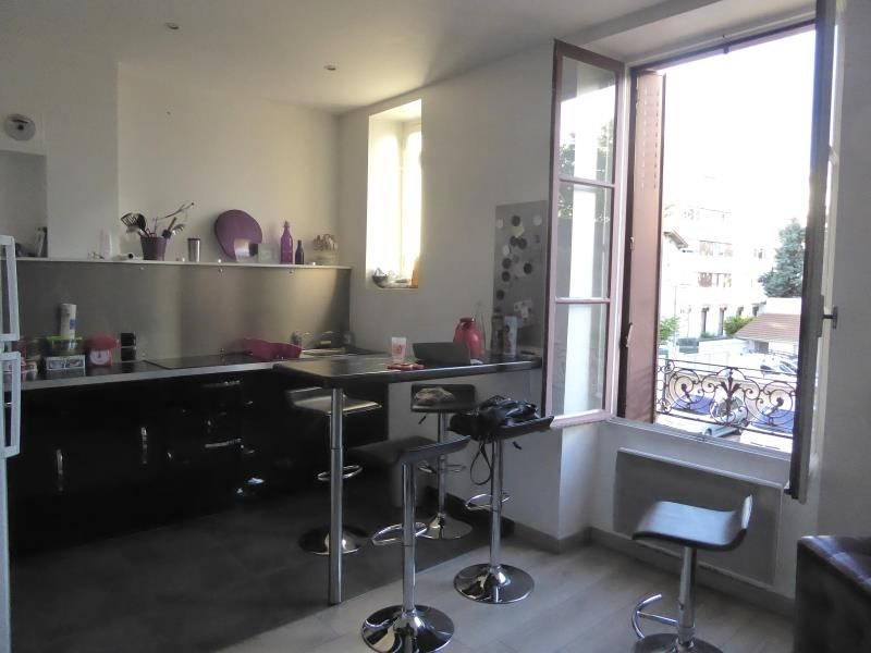 Sale apartment Lyon 8ème 159 000€ - Picture 1