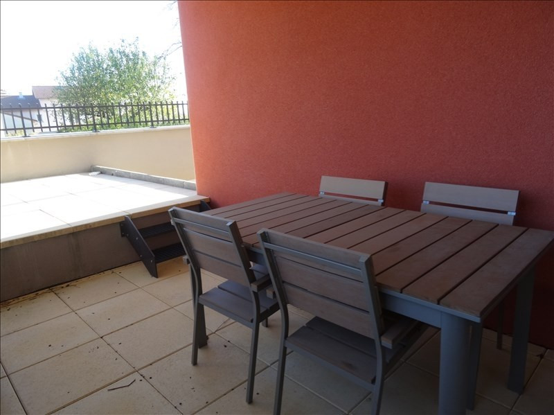 Location appartement Valencin 740€ CC - Photo 8