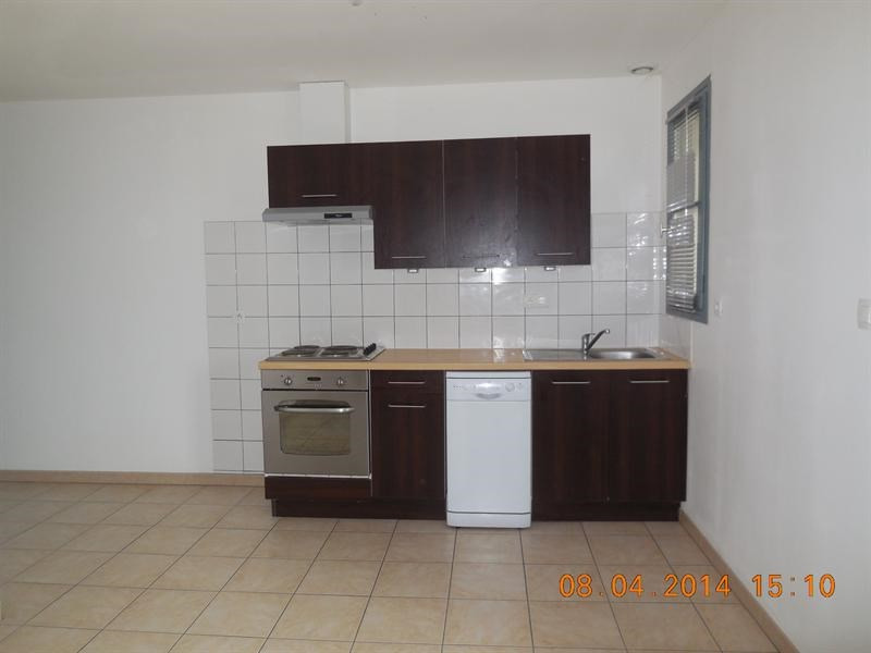 Rental apartment Cazeres 430€ CC - Picture 2