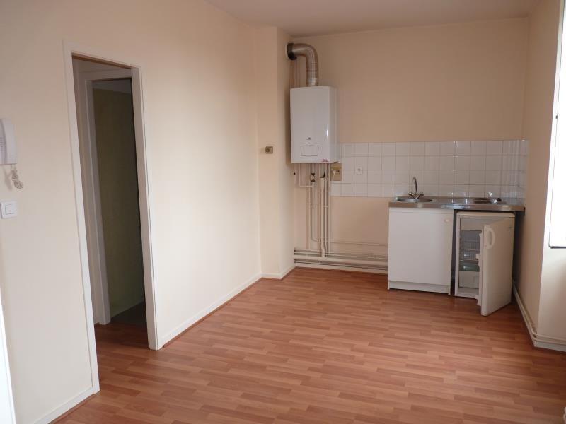 Rental apartment La roche sur yon 387€ CC - Picture 1