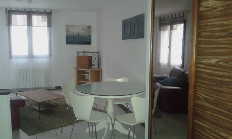 Location appartement Chateau renault 395€ CC - Photo 1