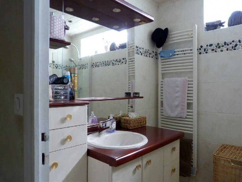 Sale house / villa Fontaine le port 368000€ - Picture 8