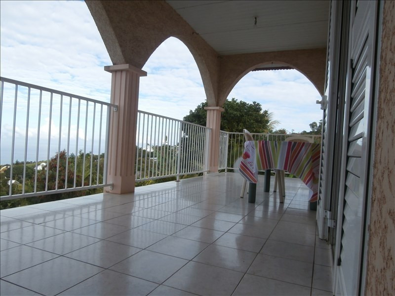 Sale house / villa Les avirons 325 000€ - Picture 9