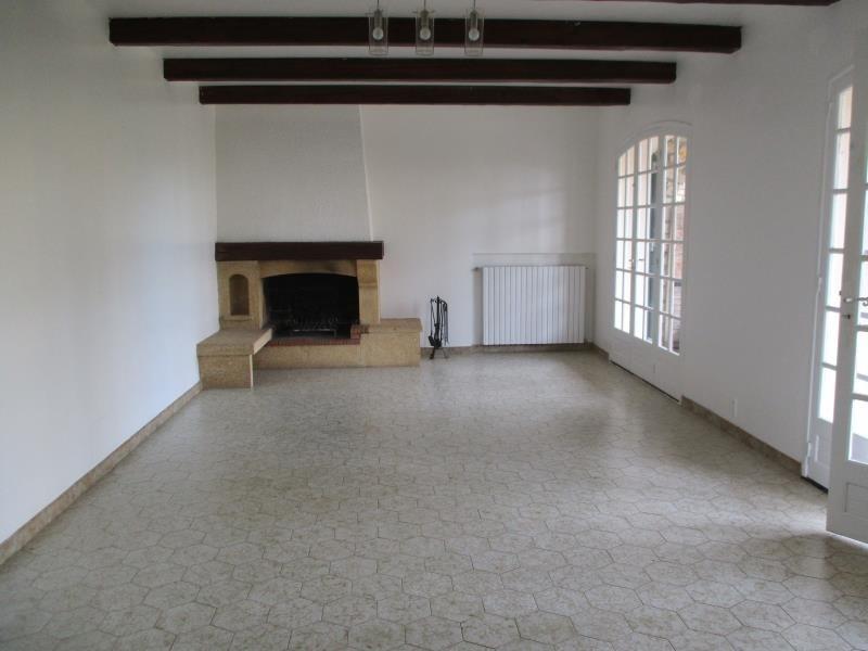 Rental house / villa Salon de provence 1170€ CC - Picture 3